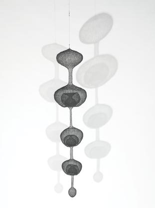 Ruth Asawa, Untitled, S. 080 (Hanging Five-Lobed C...